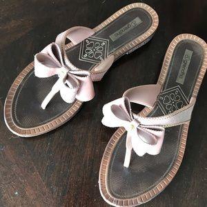 Shoes - Slippers /flip flops